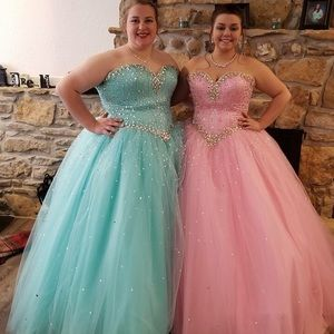 40215fae84f Dresses - Size 22 Icy Blue Ball Gown